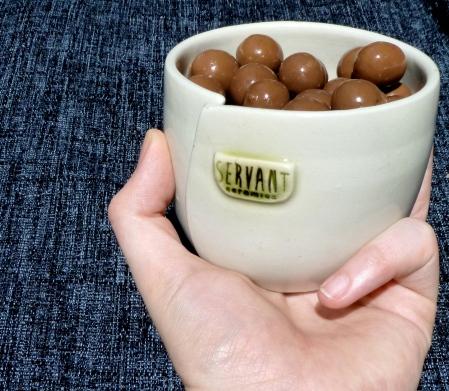 Servant Ceramics Commemorative Beaker_c