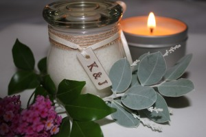 ServantCeramics_FlameTreeAromatics_personalised initials_soy candles