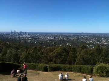 Beautiful Brisbane as viewed from the Mt-Cootha Submit